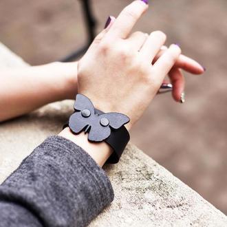 Кожаный браслет Бабочка от мастерской Wild