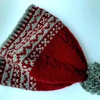 вязаная новогодняя  шапка  бини с помпоном в комплекте с варежками