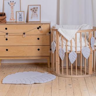 Коврик - листик для детской комнаты в сером цвете Grey