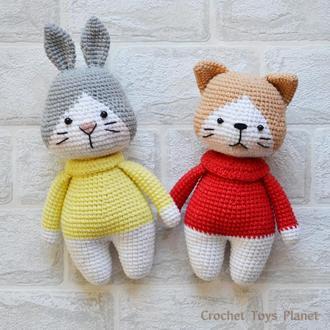 Вязаные игрушки - котик и зайчик