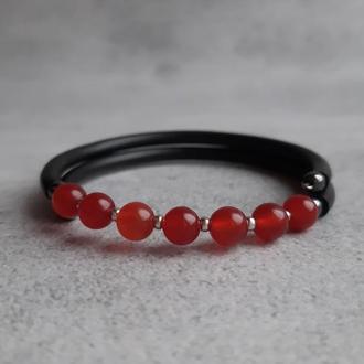 Женский браслет с сердоликом. Браслет с натуральными камнями. Подарок. Стильный браслет.