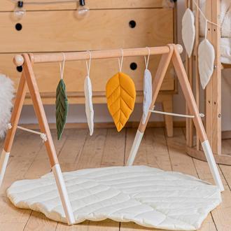 Развивающий комплекс: коврик и стойка с подвесками для развития малыша Beige leaf