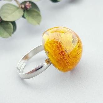 Яркое кольцо с жёлтым лютиком в подарок девушке жене сестре (модель № 2675) Glassy Flowers