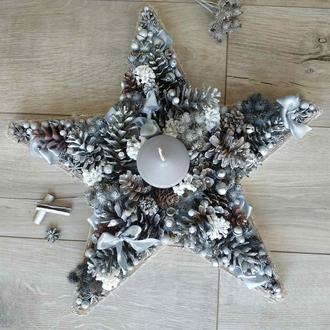 Новорічний декор у формі зірки