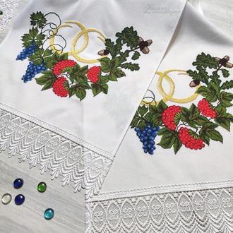 Купить вышитый свадебный рушник под ноги