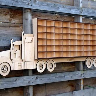 Полка для Hot Wheels - грузовик-автовоз на 42 авто. Размер 1.14 м. х 45 см.