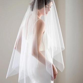 Свадебная фата прямоугольного кроя.