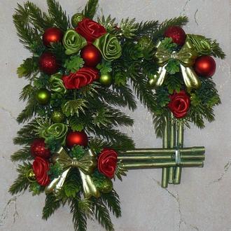 Рождественский венок квадратный