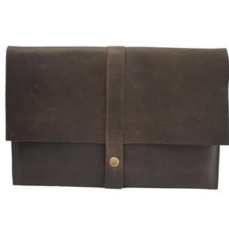 Кожаный чехол для Macbook на кнопке. 03012/коричневый