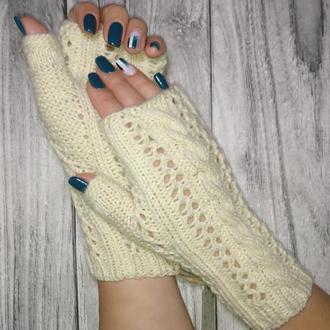 Перчатки без пальцев - Митенки спицами - Подарки для нее - Вязаные варежки