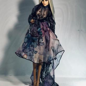 Шарнирная кукла Шэрон