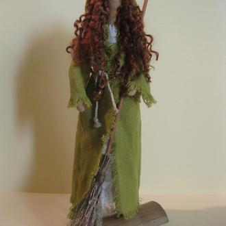 """Интерьерная кукла """"Рыженькая ведьма с метлой"""""""