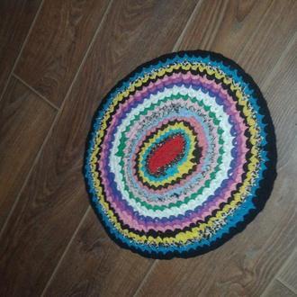 Плетеный лоскутковый коврик