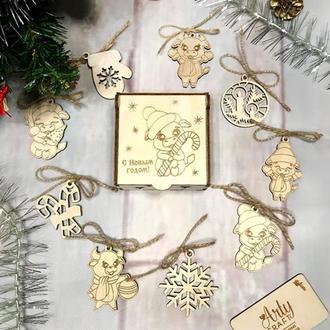 """Набор деревянных новогодних игрушек """"Год Быка"""" (№2) в коробочке 9 шт Светлое дерево"""