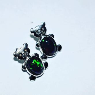 Сережки мишки серебро , камень черный опал