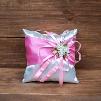 Подушечка для колец с розочками розовая