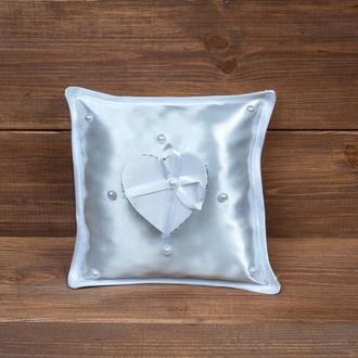 Белая подушечка для колец с коробочкой (арт. CR-101)