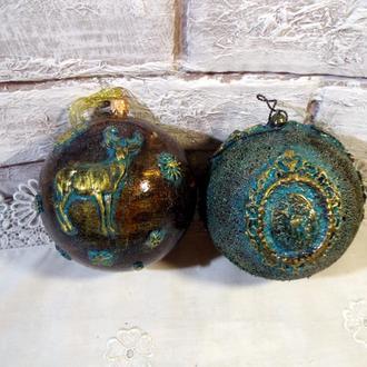 Набор шаров в викторианском стиле.