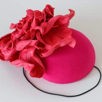 Шляпка с цветком
