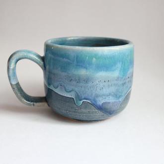 Небольшая чашка