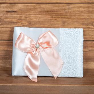 Свадебная книга пожеланий с персиковым бантом