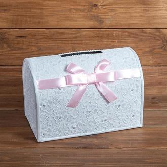 Кружевной сундучок для денег с атласным бантом розовый