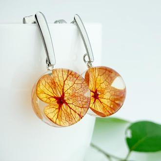 Яркие серьги с цветами гортензии Оранжевые цветы Подарок девушке (модель № 2700) Glassy Flowers