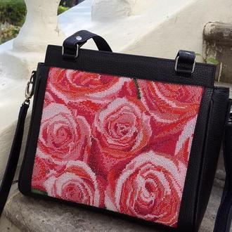 Сумка с вышивкой бисером, кожаная сумка