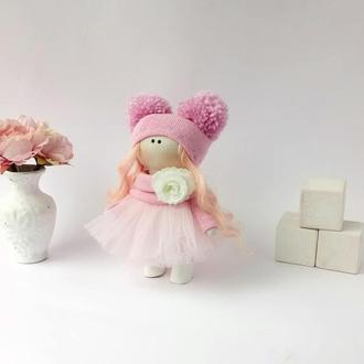 Кукла текстильная маленькая в розовой шапочке
