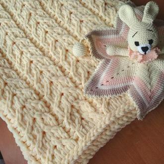 Наборчик для малыша (плед+комфортер)