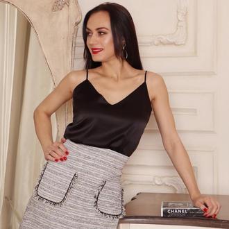 Короткая юбка твидовая серая
