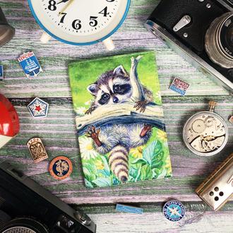 Обложка для паспорта с енотиком