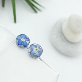 Серьги-гвоздики с незабудками Подарок девушке жене маме сестре (модель № 2721) Glassy Flowers