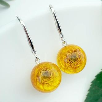 Серьги с яркими цветами жёлтых лютиков Подарок для девушки жены мамы (модель № 2730) Glassy Flowers