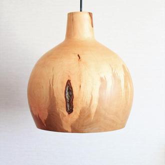 Люстра из дерева для обеденного стола