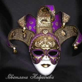 Венецианская интерьерная маска