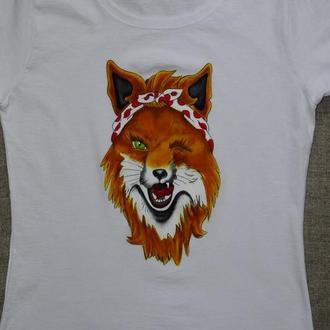 Літня біла футболка з принтом