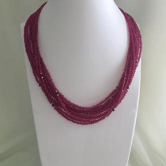 "Оригинальное ожерелье ""Ягода малина"" из граната и кварца, серебра"