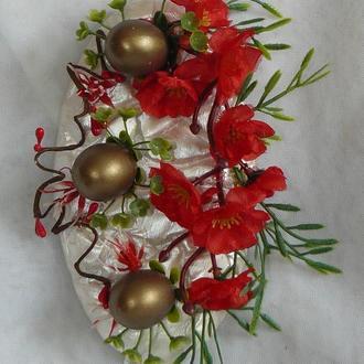 Пасхальное панно с цветами сакуры