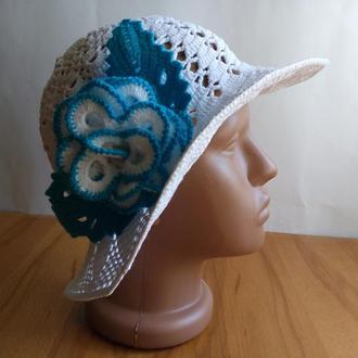 Летняя шляпка с цветком, для фотосессии.
