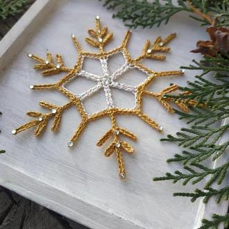 Вязаные снежинки. Новогодний декор.