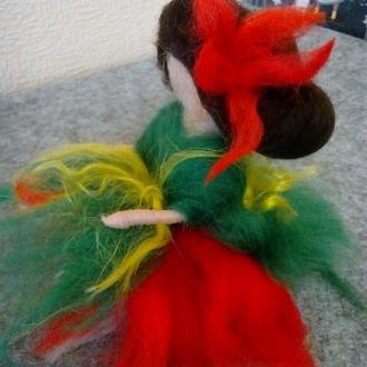 Лялечка з вовни Тюльпанова