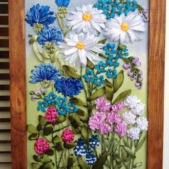 Картина вышитая лентами Полевые цветы