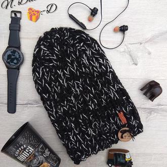 Вязанная, модная, стильная, черная шапка handmade
