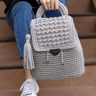 Вязаный рюкзак женский