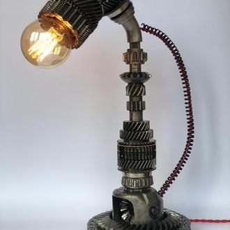 Лампа настільна у стилі дизельпанк/ стімпанк з металу