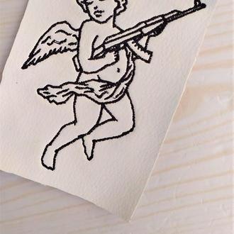"""Вышивка """"дерзкий ангелочек"""""""