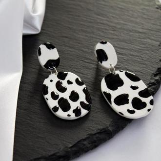 Стильные серьги с коровьим принтом, модные минималистичные сережки, подарок на день матери
