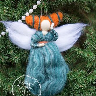 Фея украшение на елку из шерсти. Сувенир елочная игрушка Ангел валяная кукла