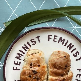 тарелка феминист 18 см